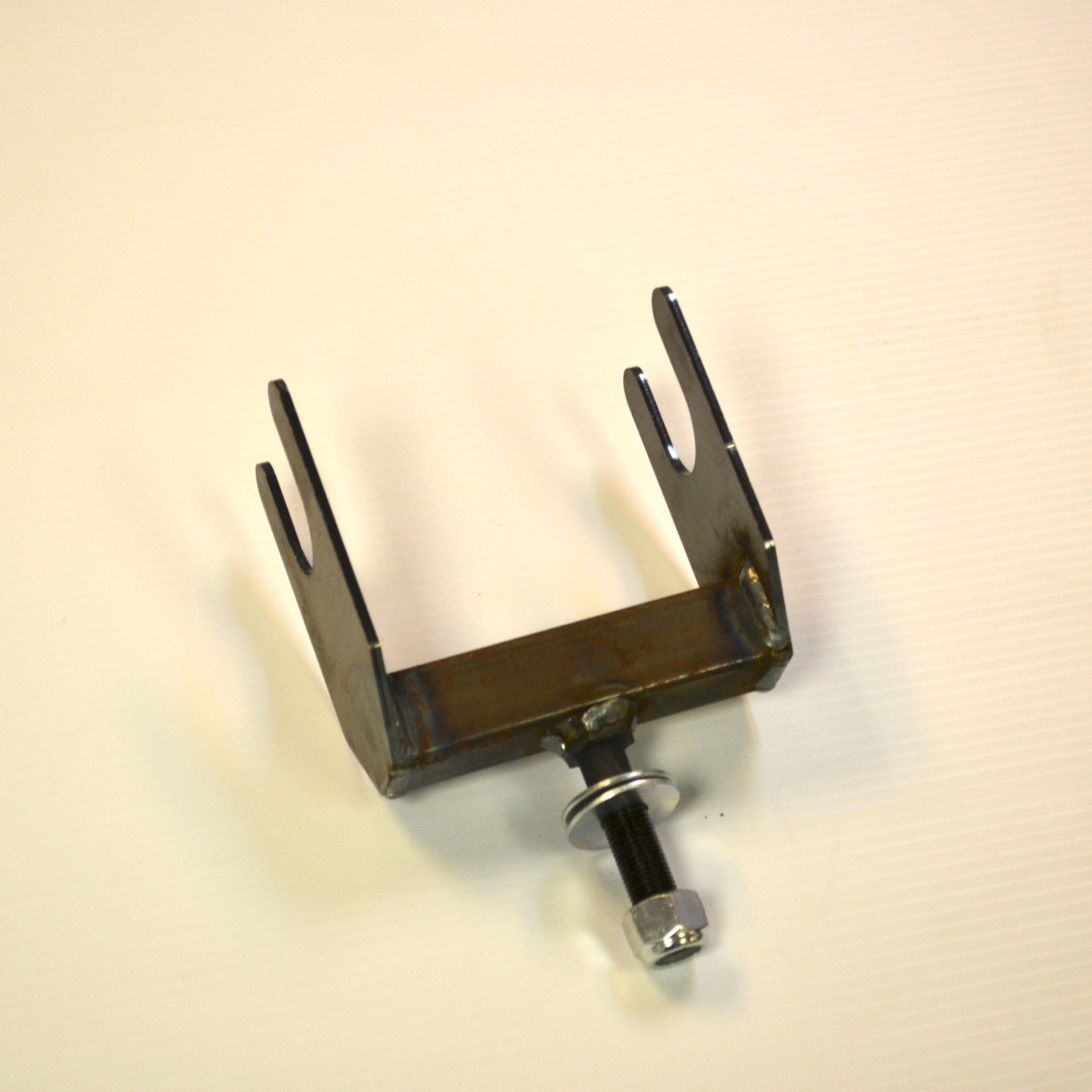 Tow dolly saddle for junior dragster tow dolly